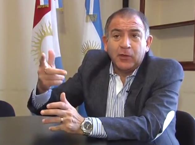 Gobierno oficializa la salida de Luis Juez de la embajada ecuatoriana